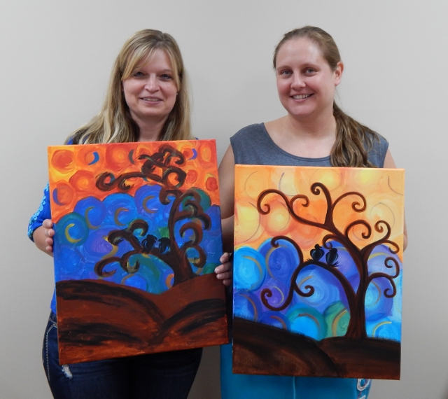 Wine & Canvas paints a tree
