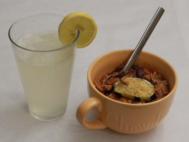 Turkey Chili with homemade lemonade
